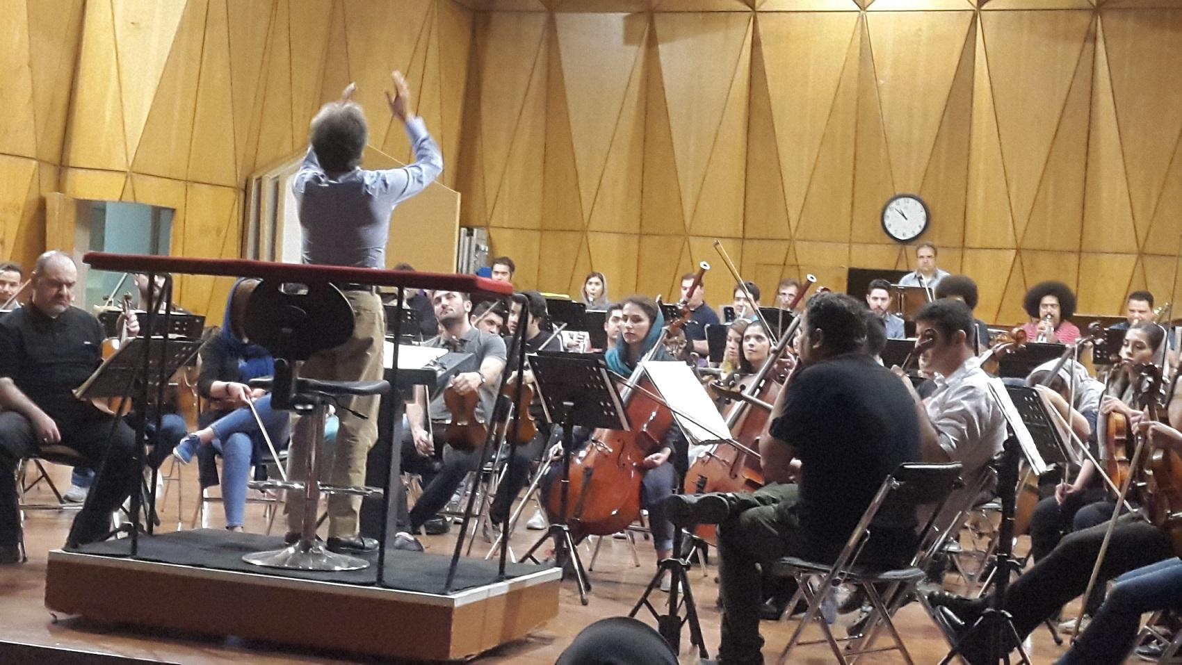 بازدید از تمرین ارکستر سمفونیک
